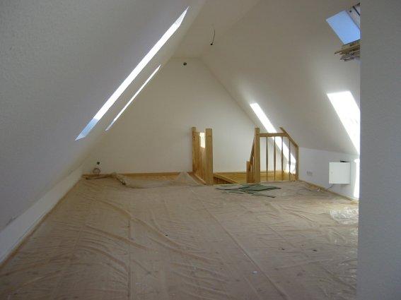aufgang spitzboden | dachausbau | pinterest | dachboden, Schlafzimmer ideen